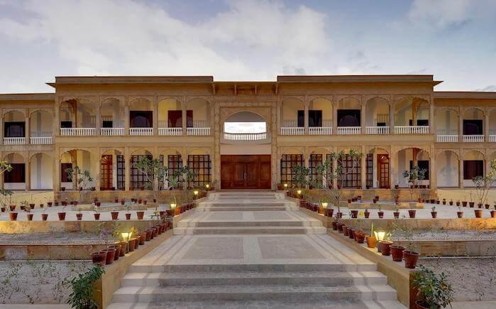 entrance of club mahindra