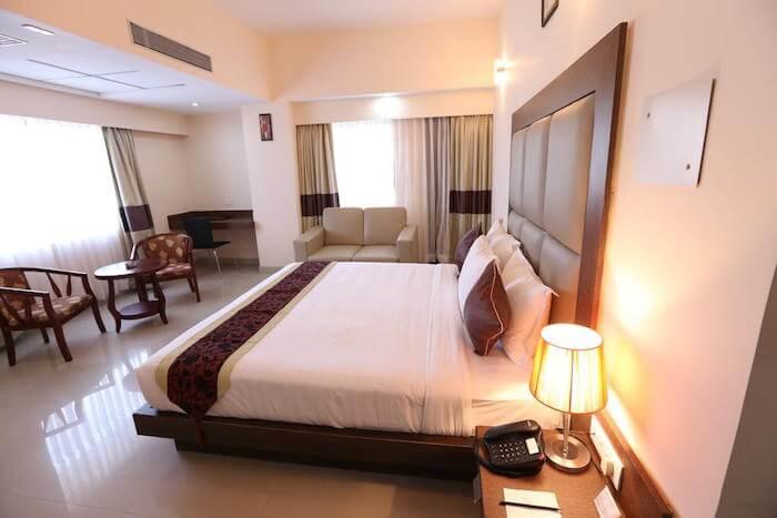contour hotel