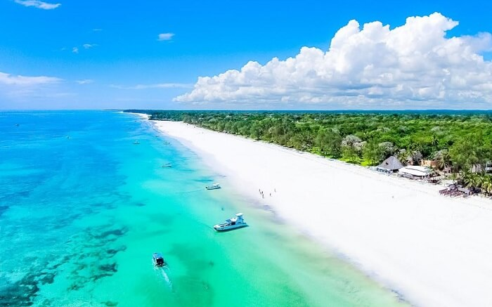 diana beach in Kenya
