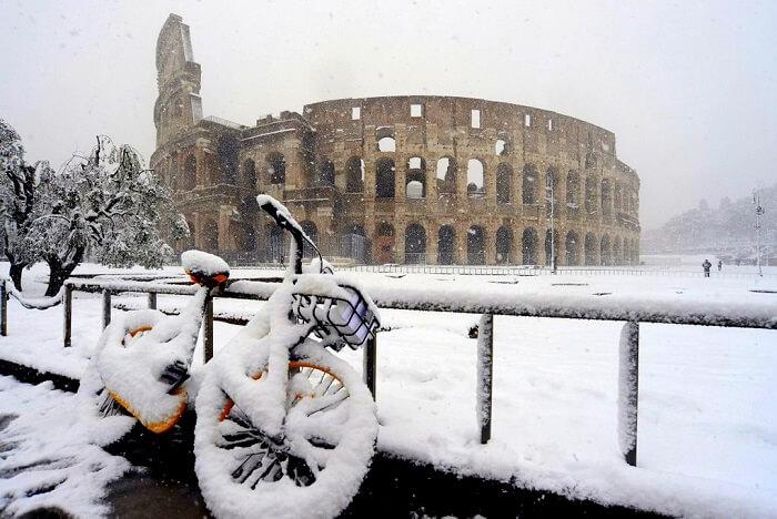 rome colosseum bike