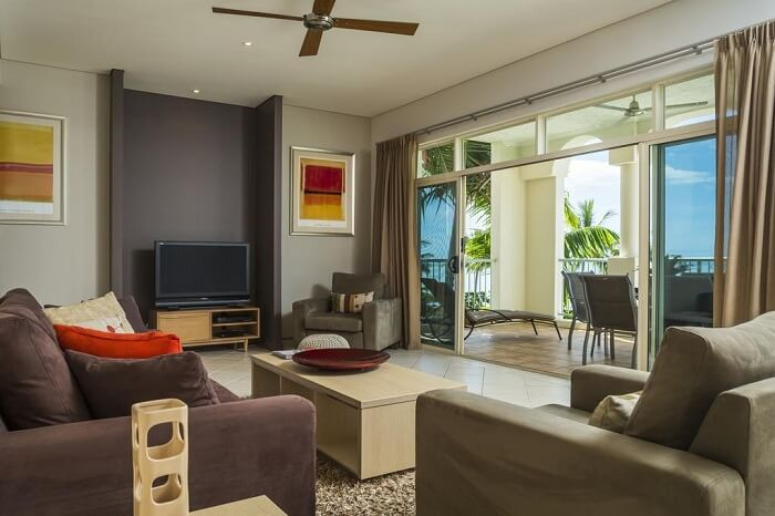 room of Sea Change Beachfront Apartments