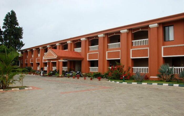 Hotel Mayura Valley View Coorg