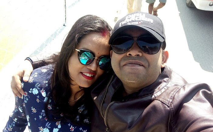 couples relaxing in thekkady kerala