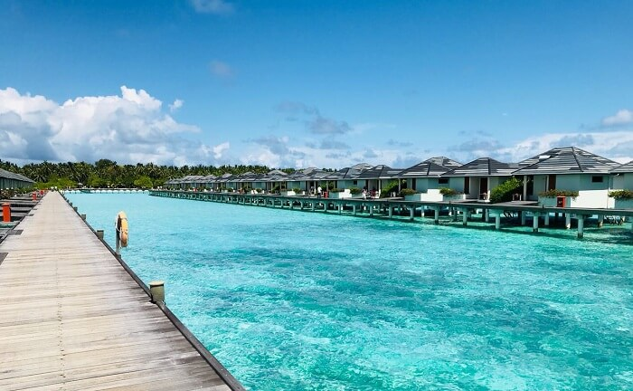 water villas in line at sun island