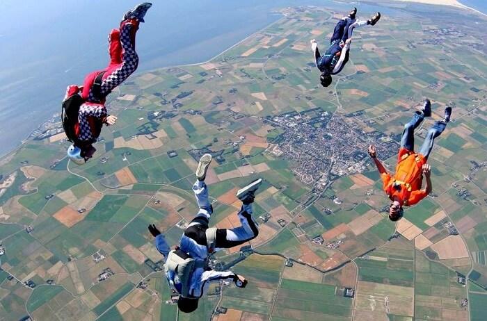Parachute jump texel