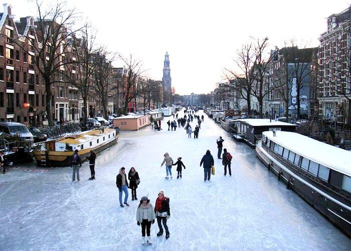 Temperature Drops In Amsterdam