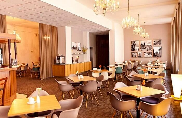 restaurant in central hotel