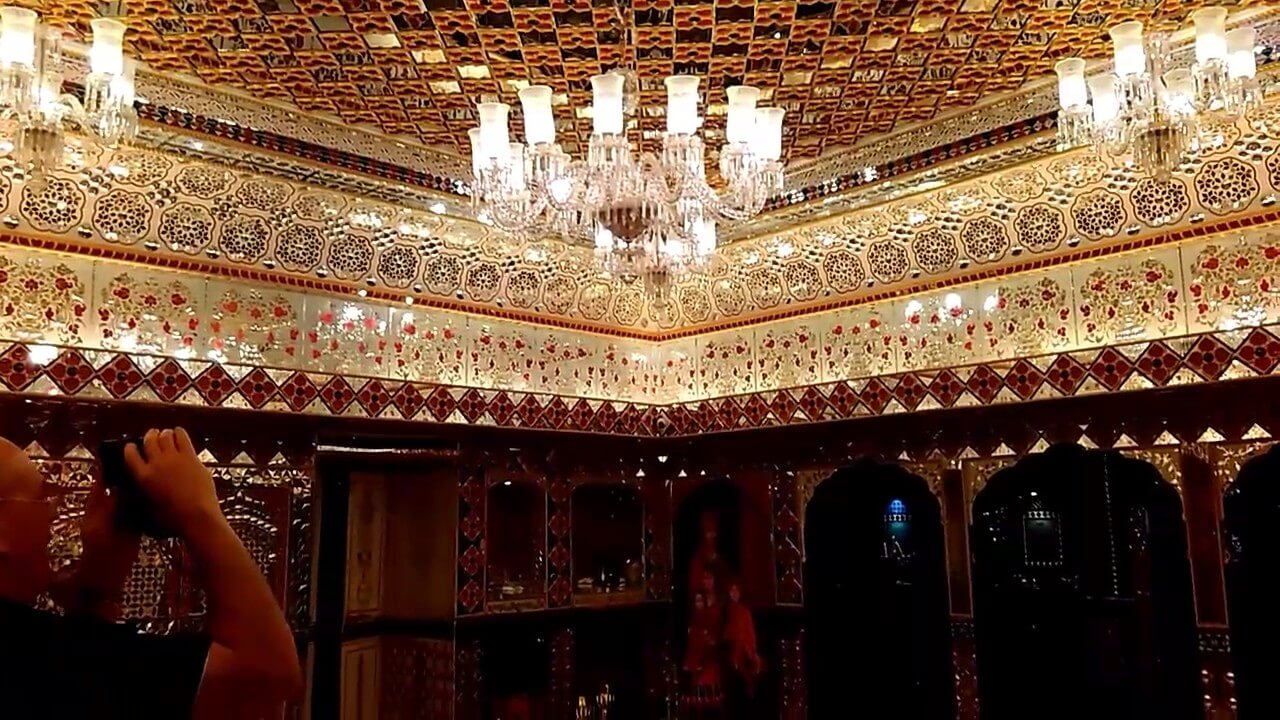 sheeshmahal on jaipur wax museum