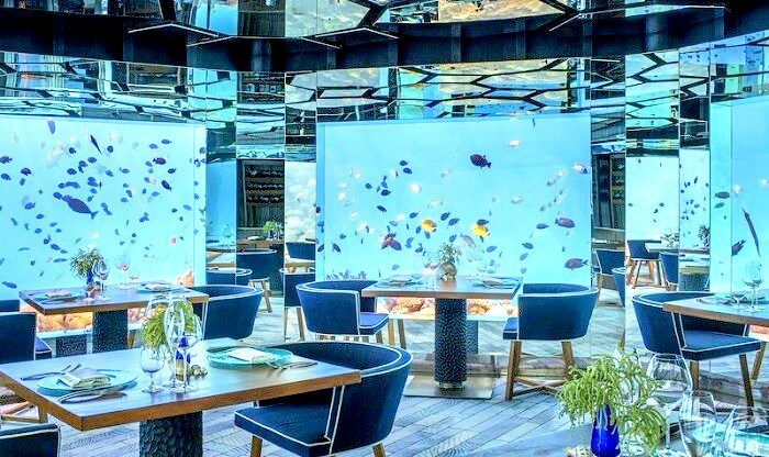 Underwater Restaurant At Anantara Kihavah Maldives Villas Pool