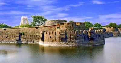 Vellore fort amid a lake