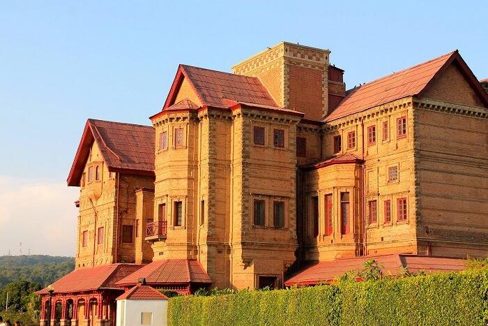 stay at Hari Niwas Palace jammu