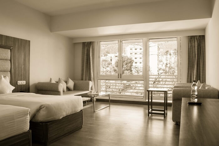 stay at Hotel Rama Trident jammu
