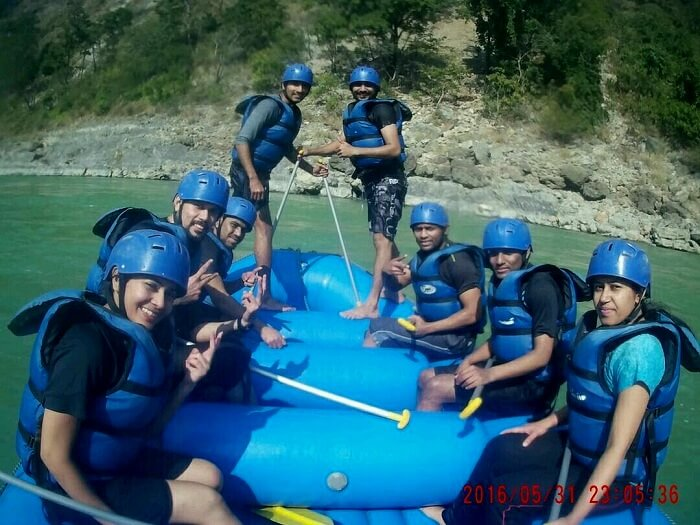 river rafting fun rishikesh