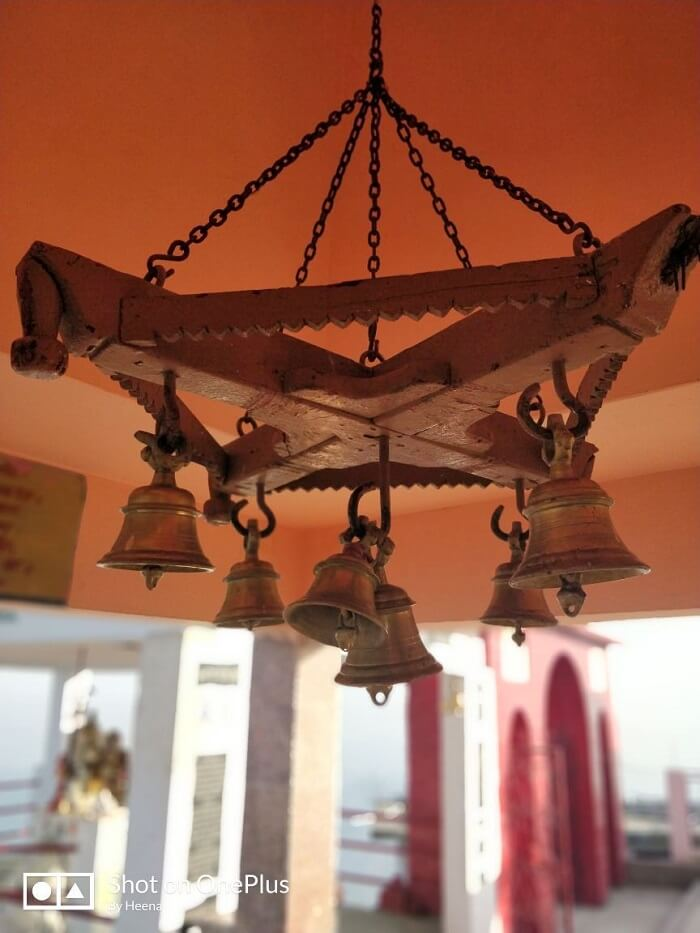 priha dhanaulti weekend trip: hotel decor
