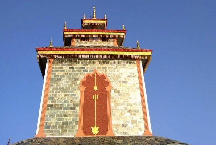 priha dhanaulti weekend trip: temple in dhanaulti