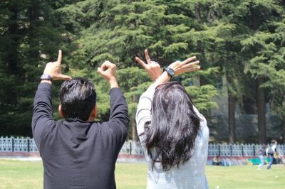 friends on a trip to khajjiar dalhousie