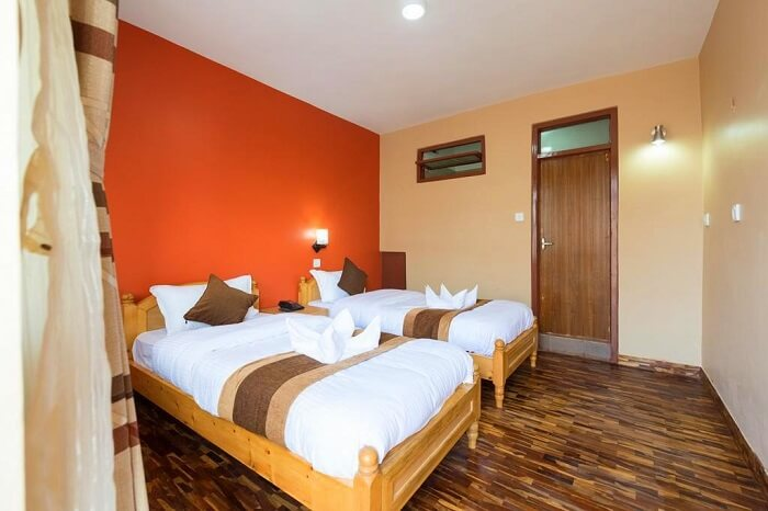 stay in ladakh at Khangsar Deluxe Guest House