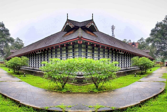 Poonkunnam Shiva Temple thrissur