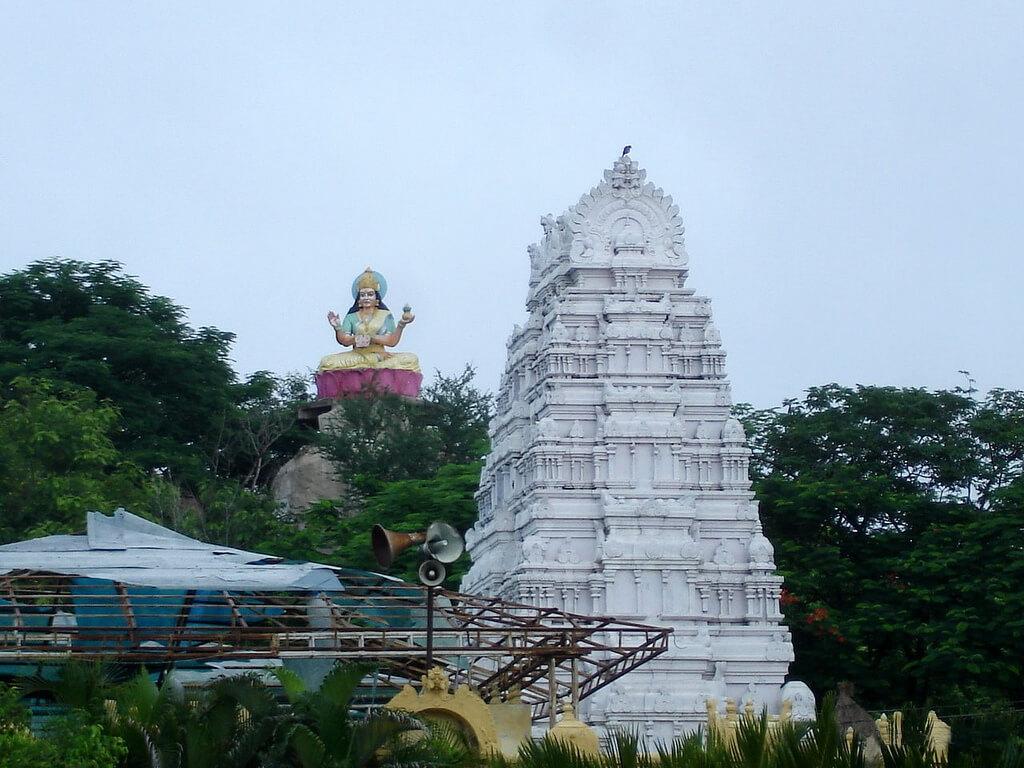Sri Gnana Saraswati Temple