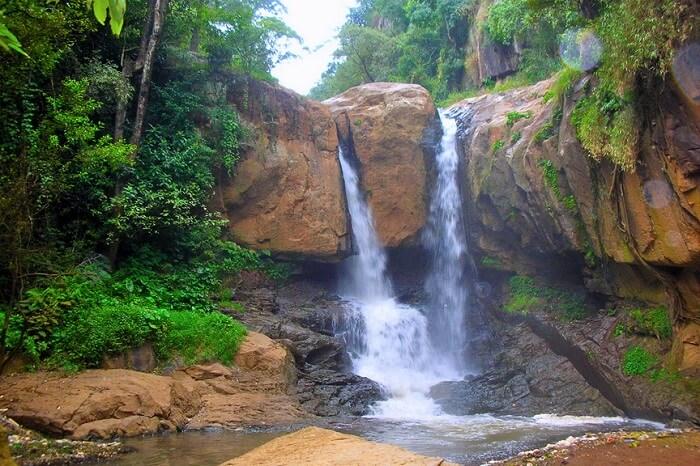 Vattaparai Waterfalls kanyakumari