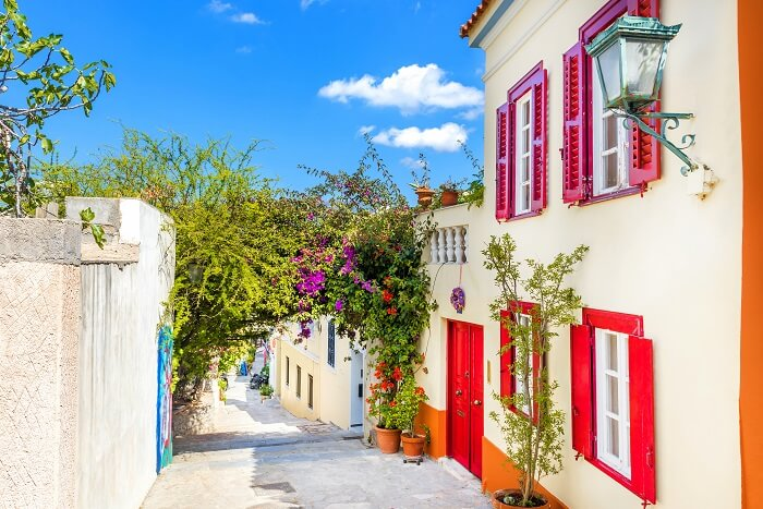 Walk through the Plaka in thens greece