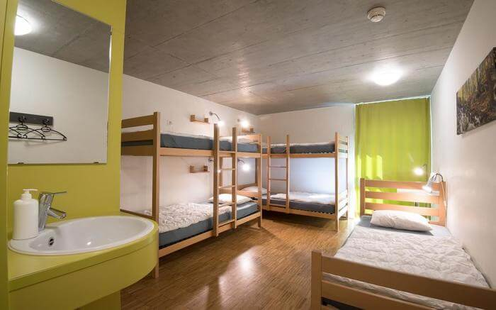 acj-1704-hostels-in-switzerland (12)