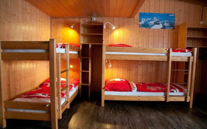 acj-1704-hostels-in-switzerland (5)