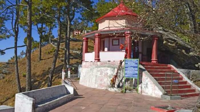 kasar devi temple in binsar
