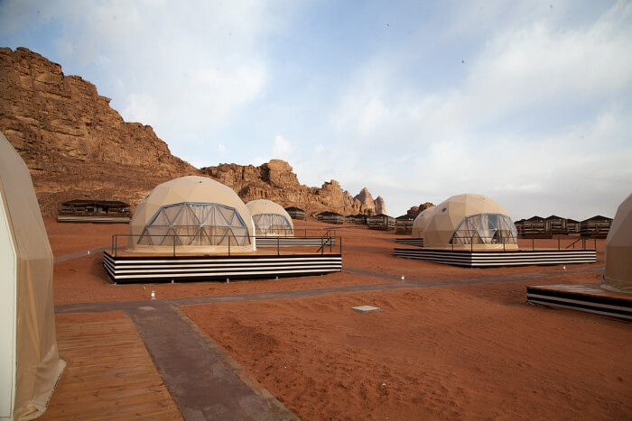 Freedomes-SunCity-Camp-Geodesic-Dome-889x499