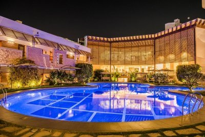 red mapple hotel in indore