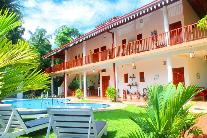 stay at Haus Berlin Bentota