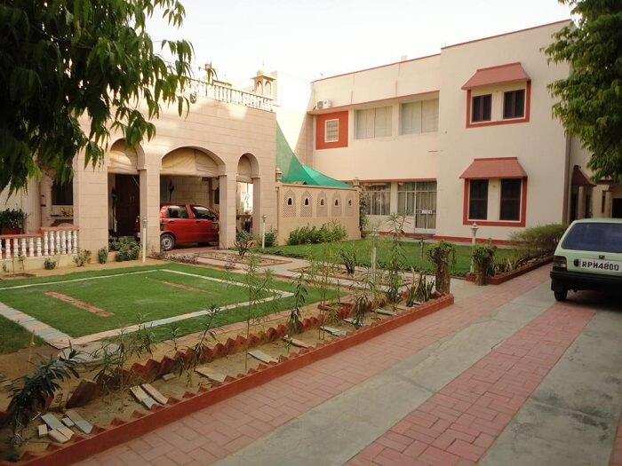stay at Suraj Niwas jaipur