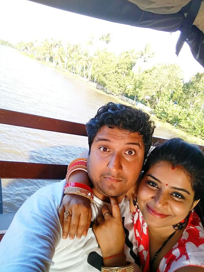 Couple on a romantic honeymoon in Kerala