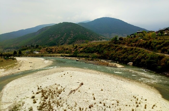 Drive from Thimphu to Punakha