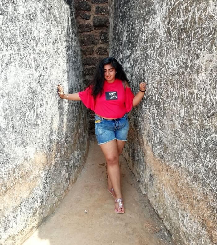 Female traveler in Goa
