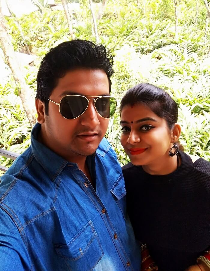 Couple travel Kerala