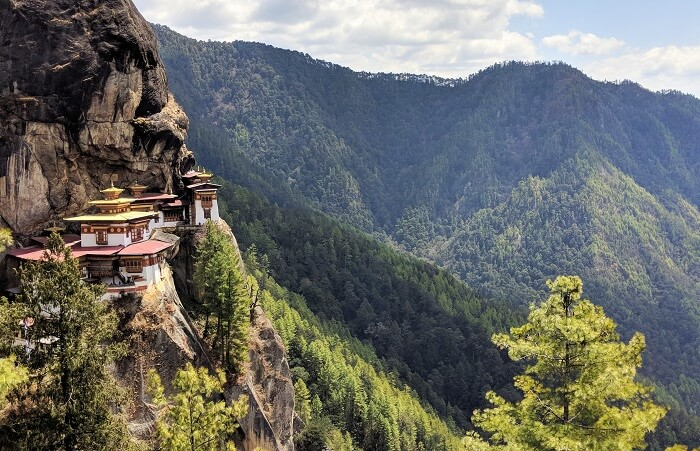 Trek to Taktsang monastery in Bhutan