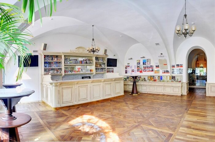 Restaurants in St. Petersburg, Russia