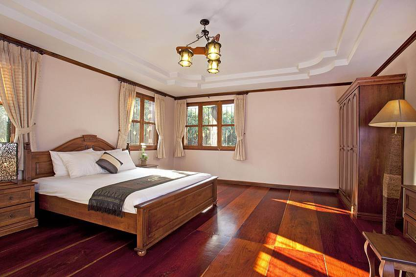 inside a bedroom of Doi Luang Reserve