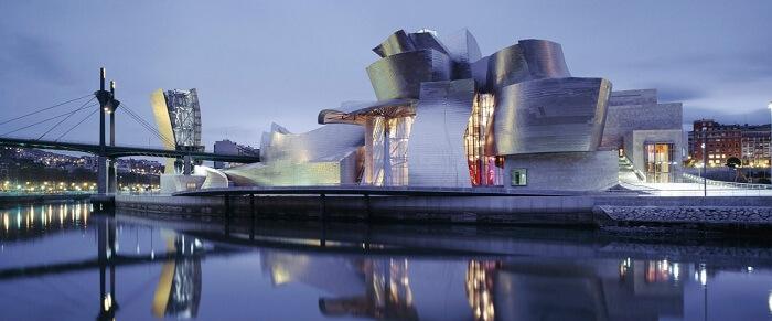 an art museum that's a work of art in itself!