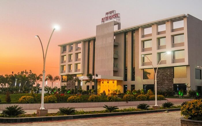Hotel Atharva - A tranquil retreat ss08052018