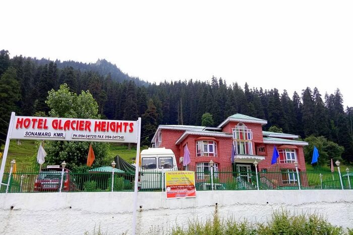stay at Hotel Glacier Heights kashmir