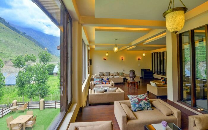 stay at Hotel Rah Villas kashmir