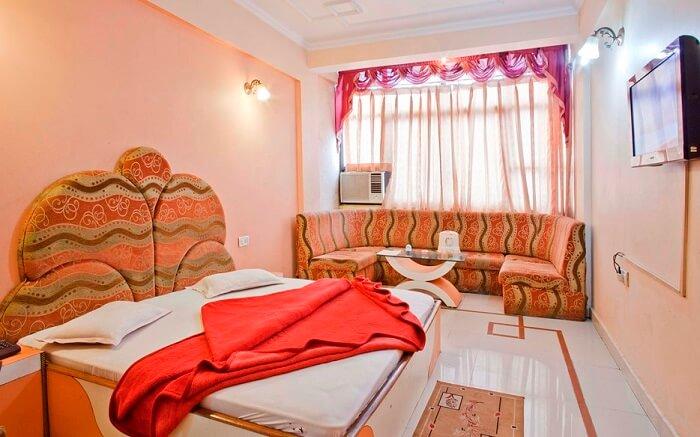 Hotel Sanskar - An eco-friendly hotel ss09052018