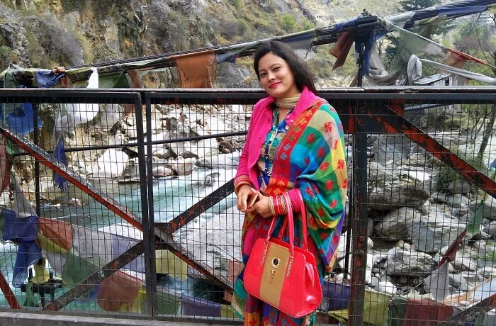 kuldeep manali honeymoon trip: near manikaran temple