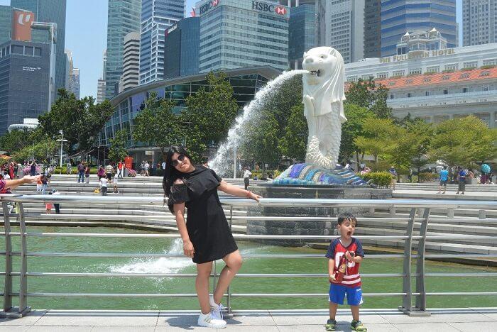 anshu singapore trip: merlion
