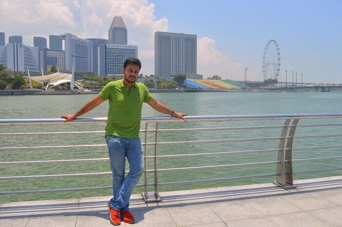 anshu singapore trip: sushant at waterfront