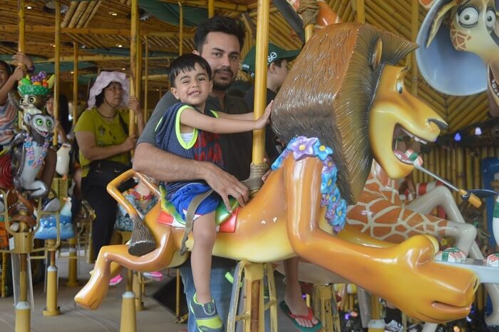 anshu singapore trip: madagascar ride