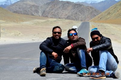 places to see on friends trip to ladakh