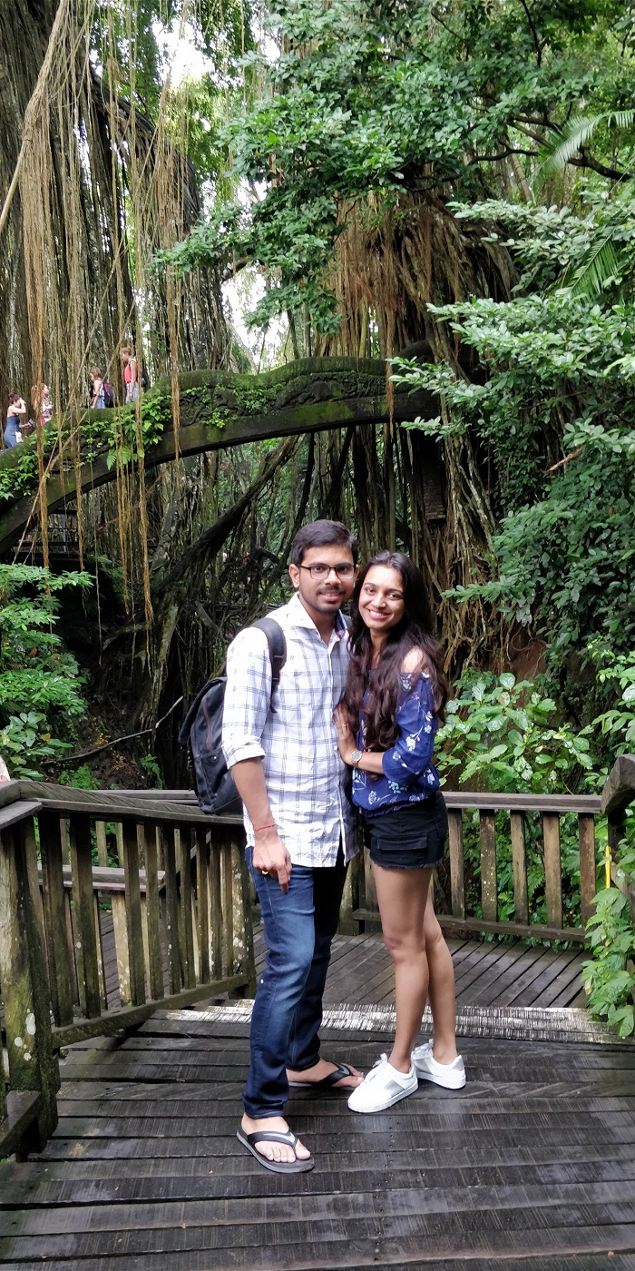 couple in monkey forest